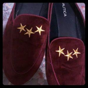 Nautica burgundy embroidered star smoking slippers